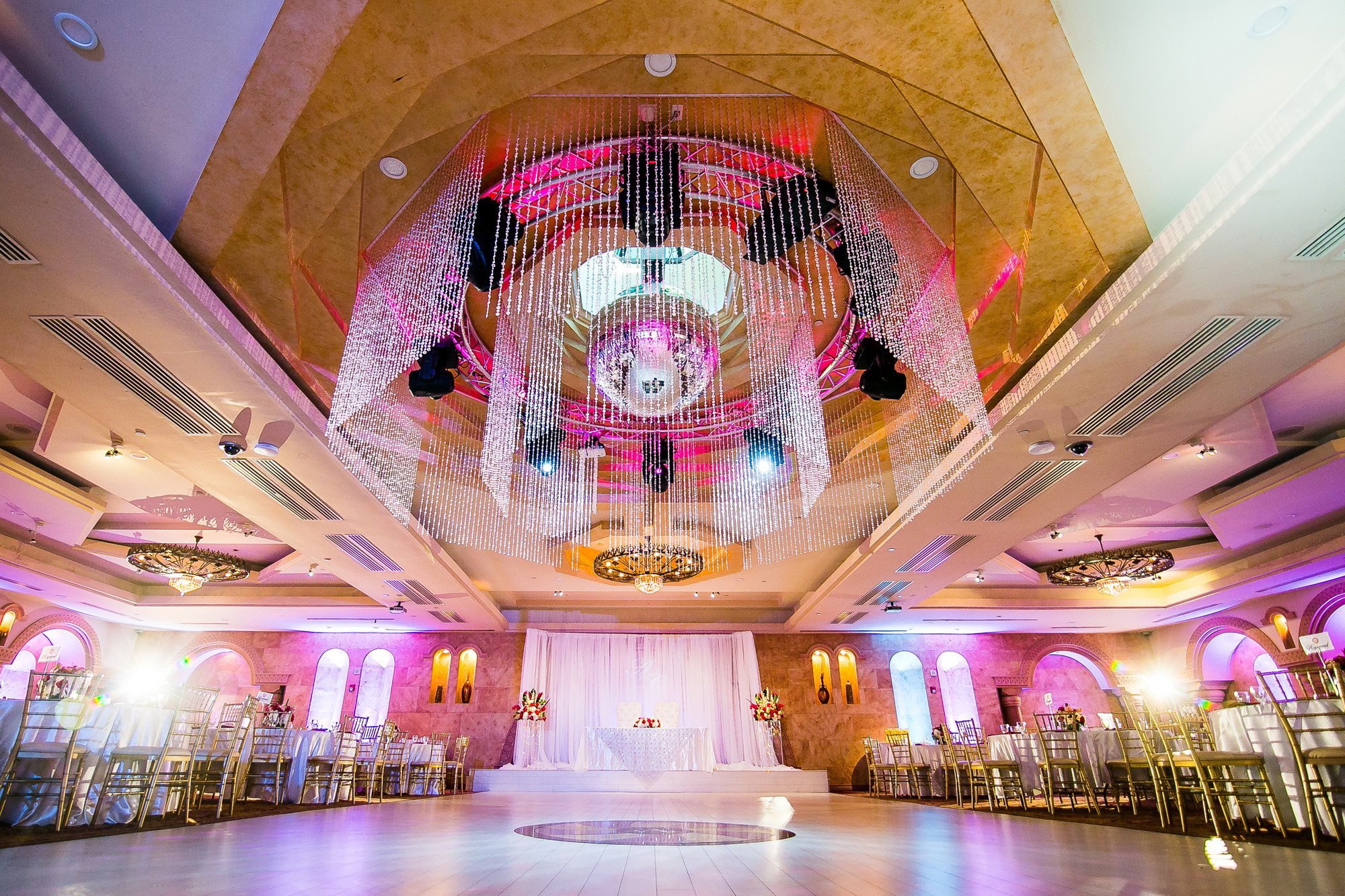 Largest Event & Wedding Venue in N. Hollywood, CA - Le Foyer Ballroom