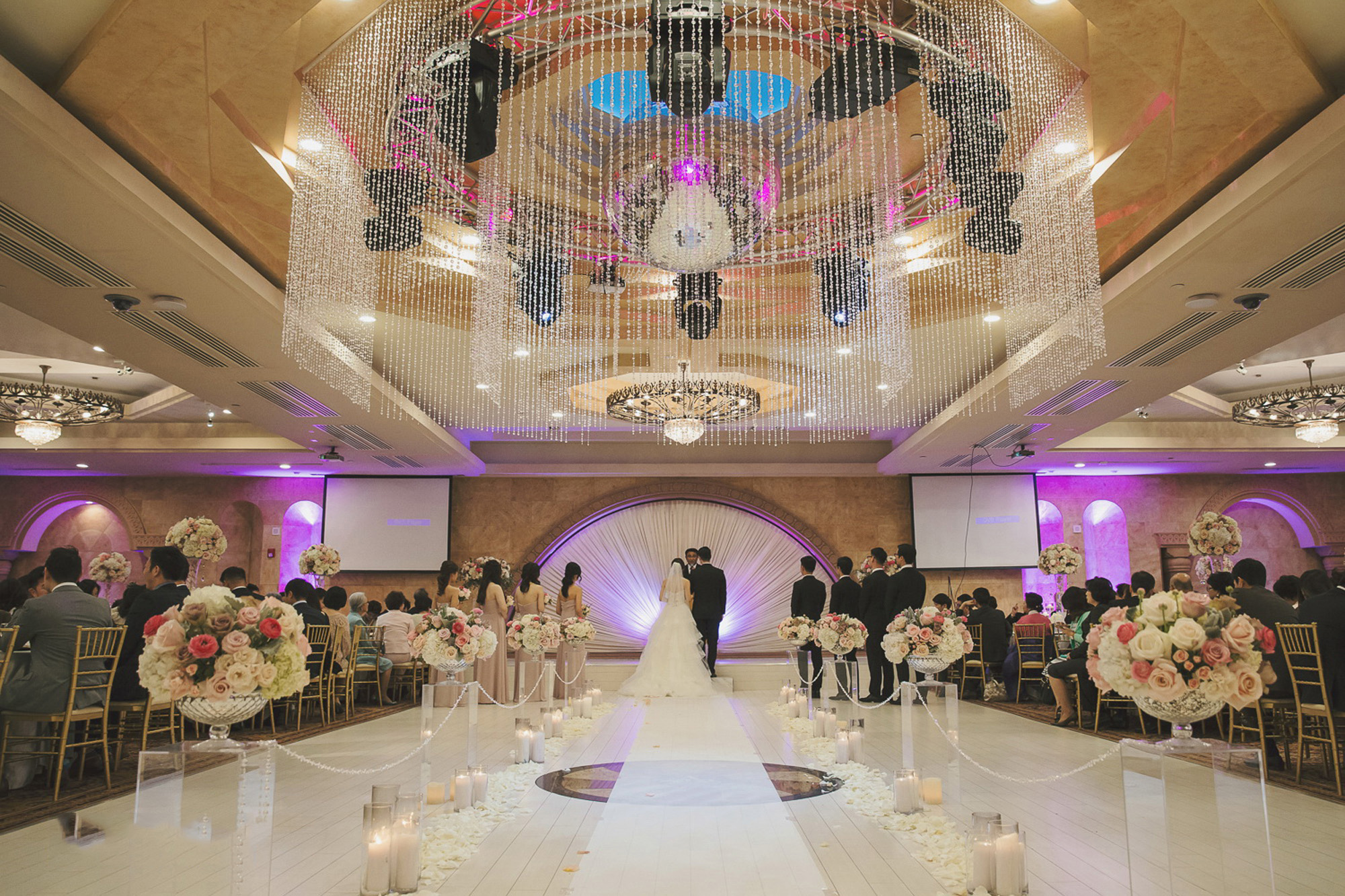 Le Foyer Ballroom : Largest event wedding venue in n hollywood ca le