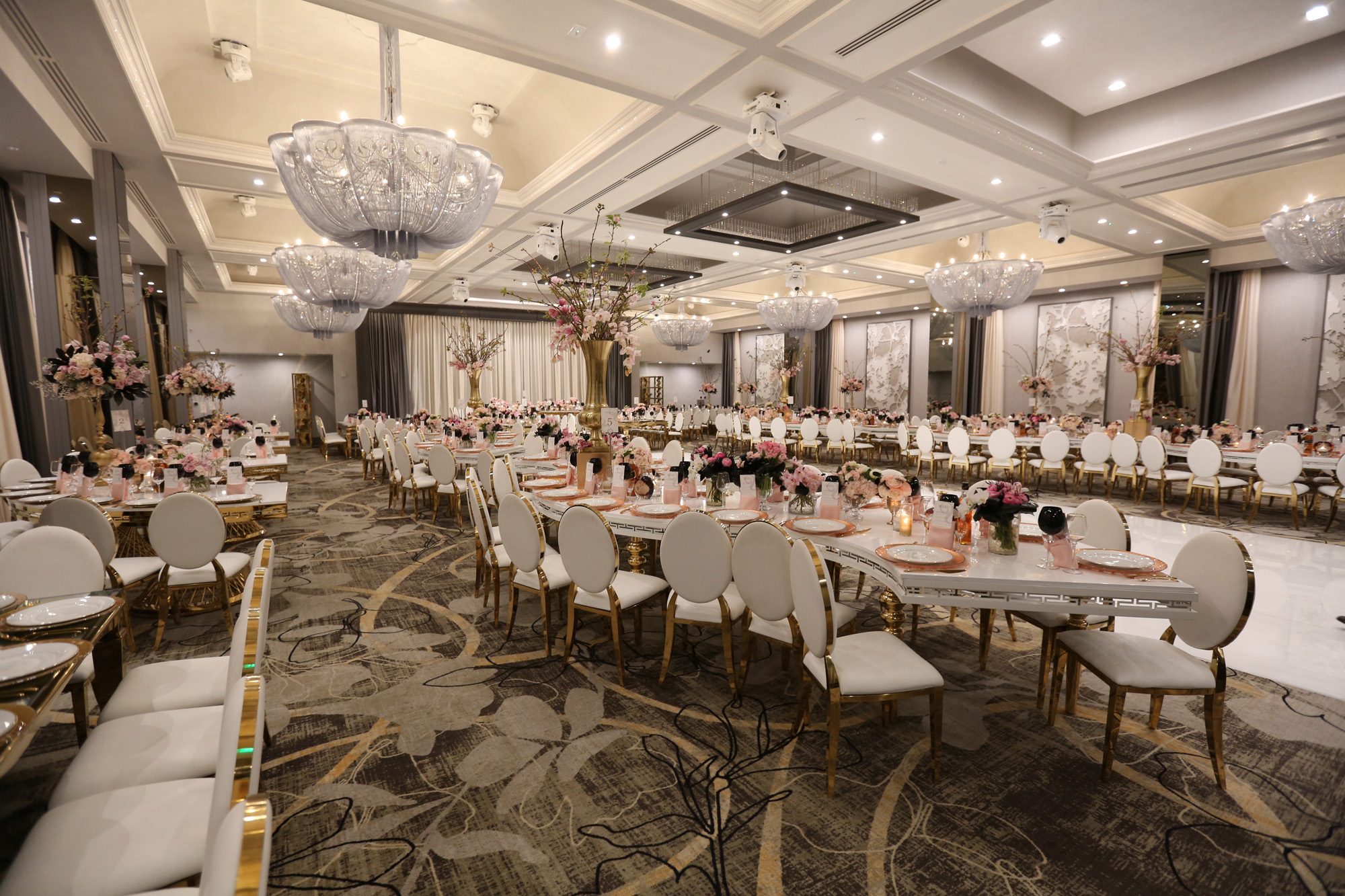 Modern wedding venue legacy ballroom labanquets view more in gallery junglespirit
