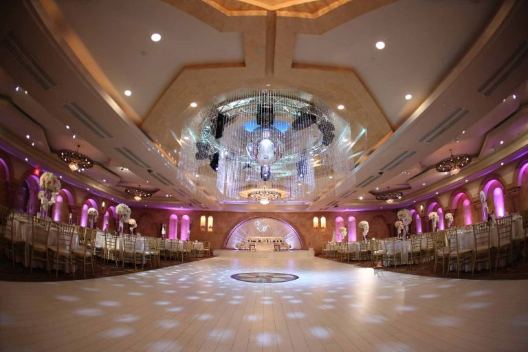 8 Stunning Wedding Venues in Los Angeles & Banquet Halls in